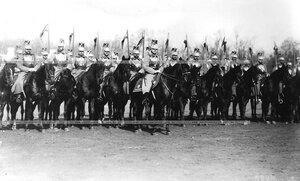 Эскадрон его величества на параде лейб-гвардии Конного полка.