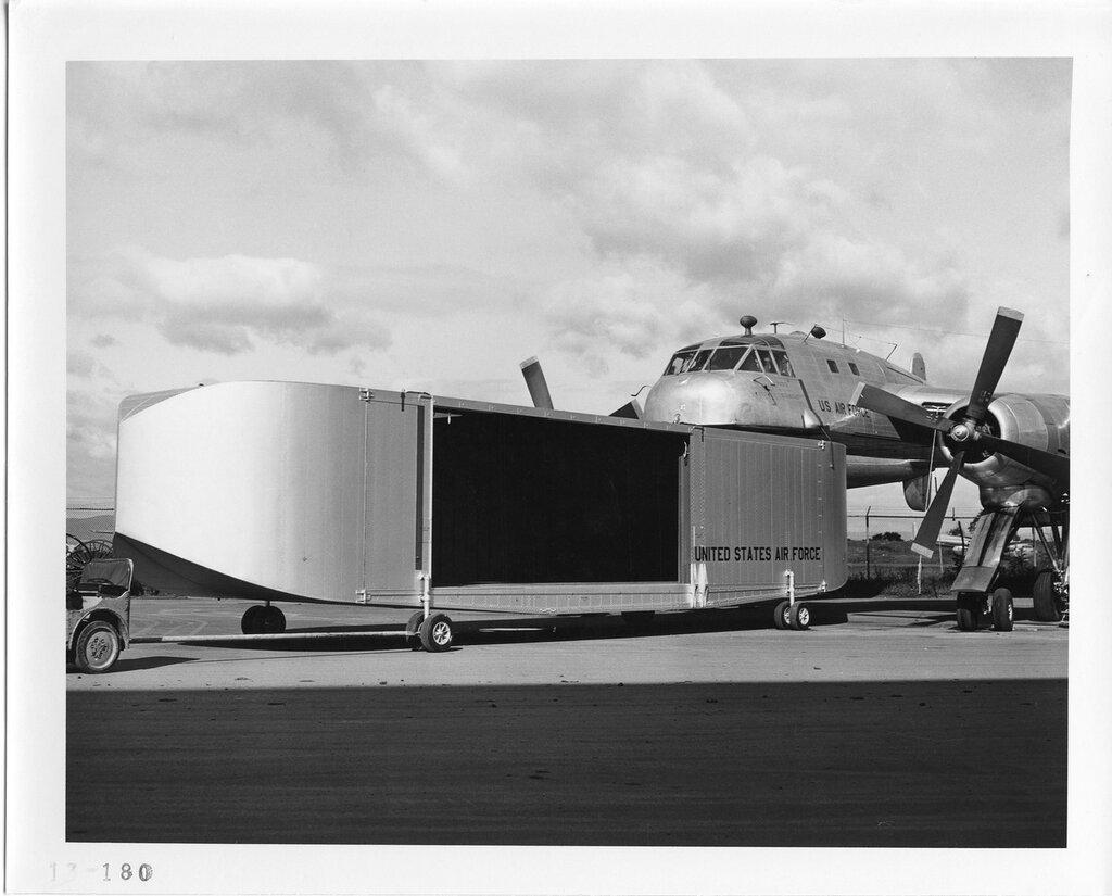 Воздушная фура Fairchild C-120 Packplane