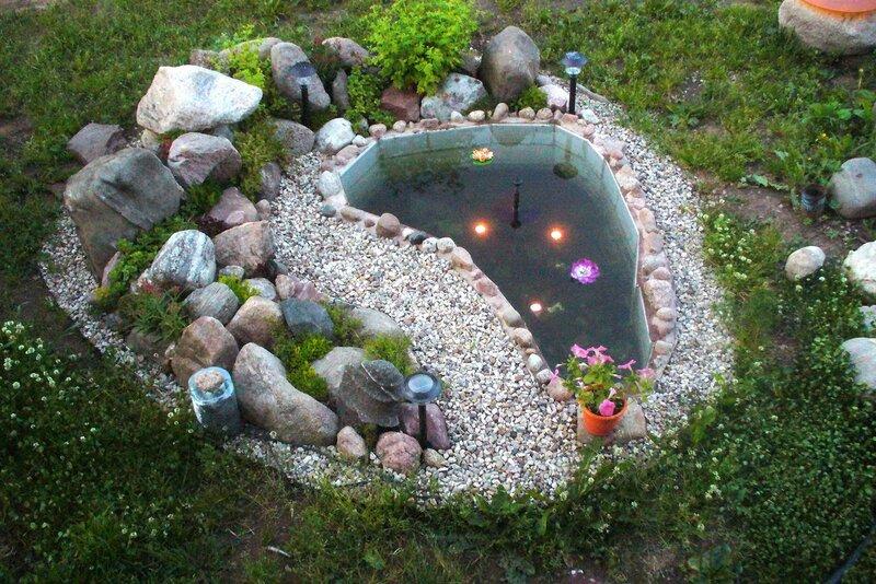 Садовый фонтан.