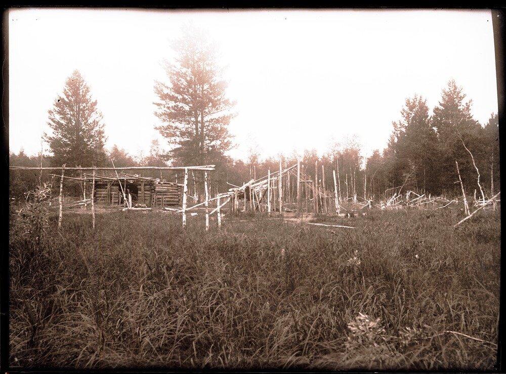 1912. Село Ларьяк.  Оставленная юрта
