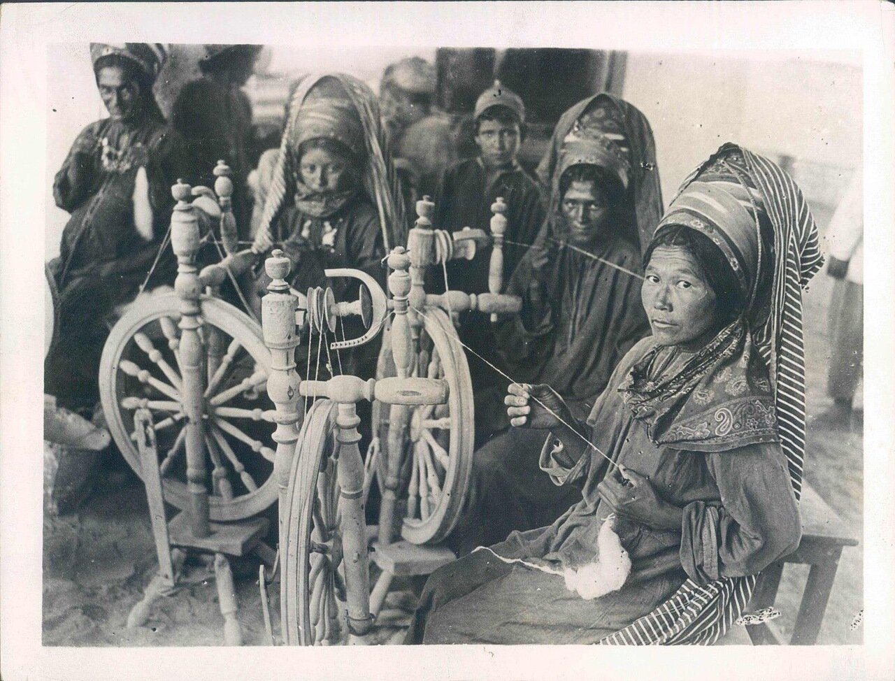 1931. Ткачихи Самарканда