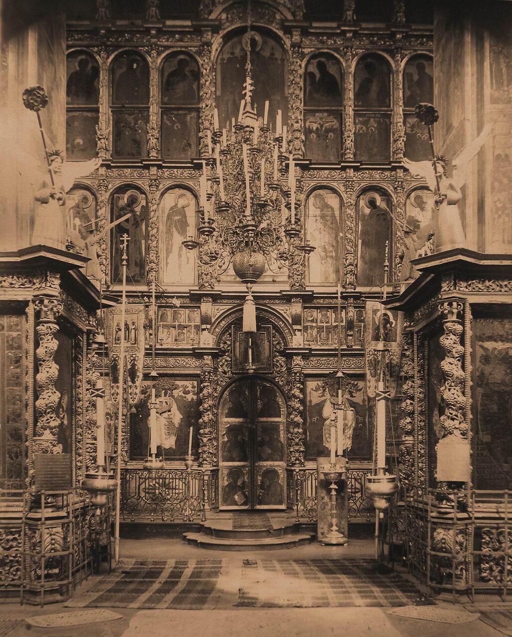 Вид иконостаса церкви Иоанна Предтечи в Толчкове