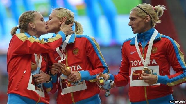 Ксения Рыжова и Юлия Гущина