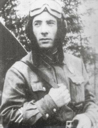 Герой Советского Союза капитан Титенков К.Н.