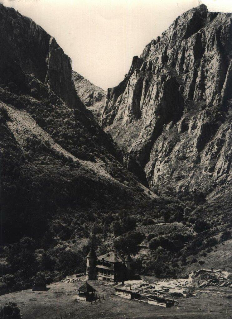 Румыния 1950-е - горы.jpg
