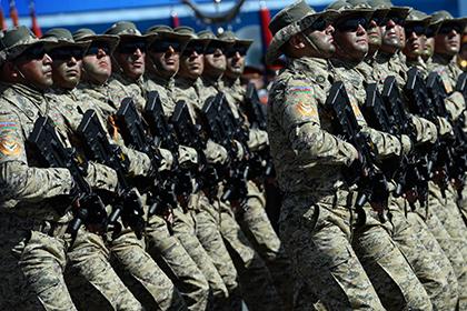 Министр обороны проверяет боевую подготовку воинских частей вприфронтовом регионе ВИДЕО