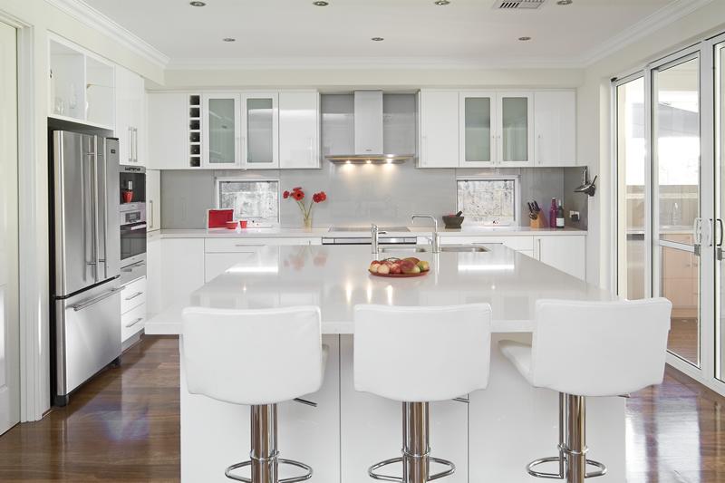 Белый цвет в интерьере кухни, фото 9