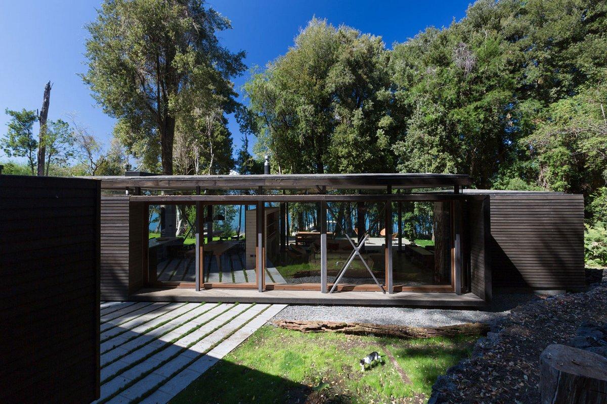 planmaestro, планировки частных домов одноэтажных, фасад частного одноэтажного дома фото, крыши одноэтажных частных домов, дом с видом на озеро