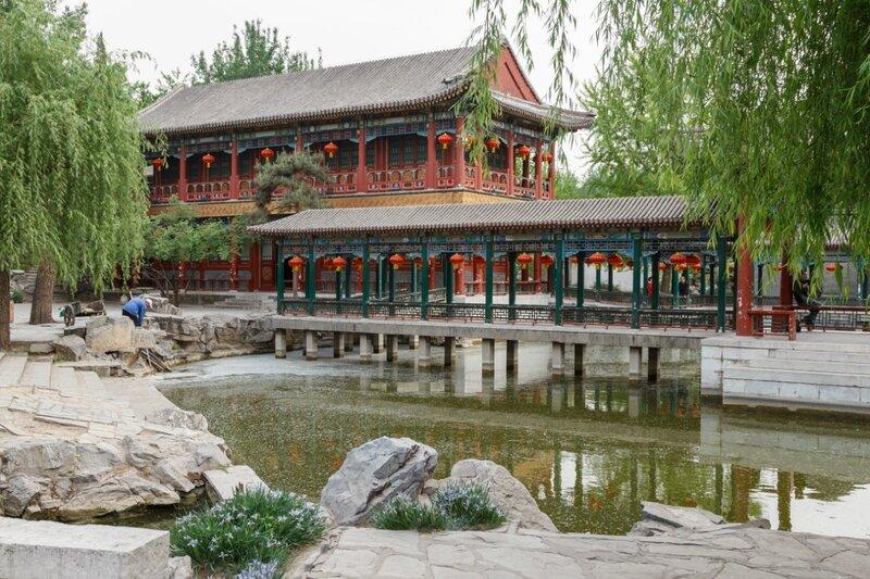 Павильон у воды, парк Дагуаньюань, Пекин