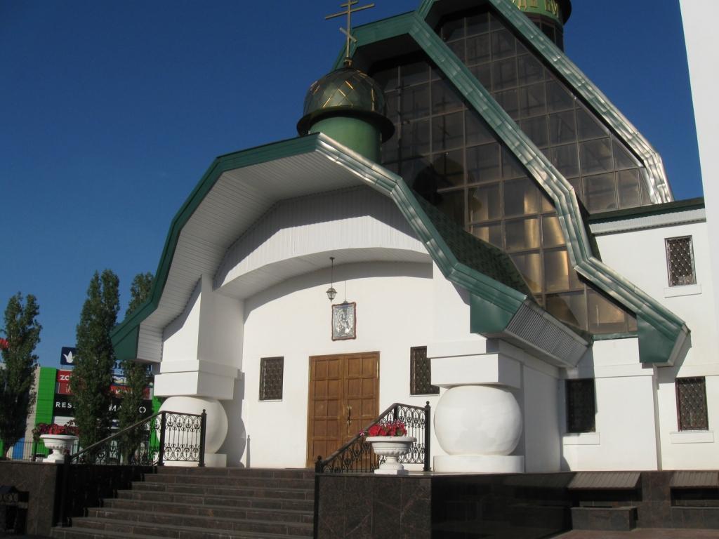 Церковь Рождества Христова Балаково (4).JPG