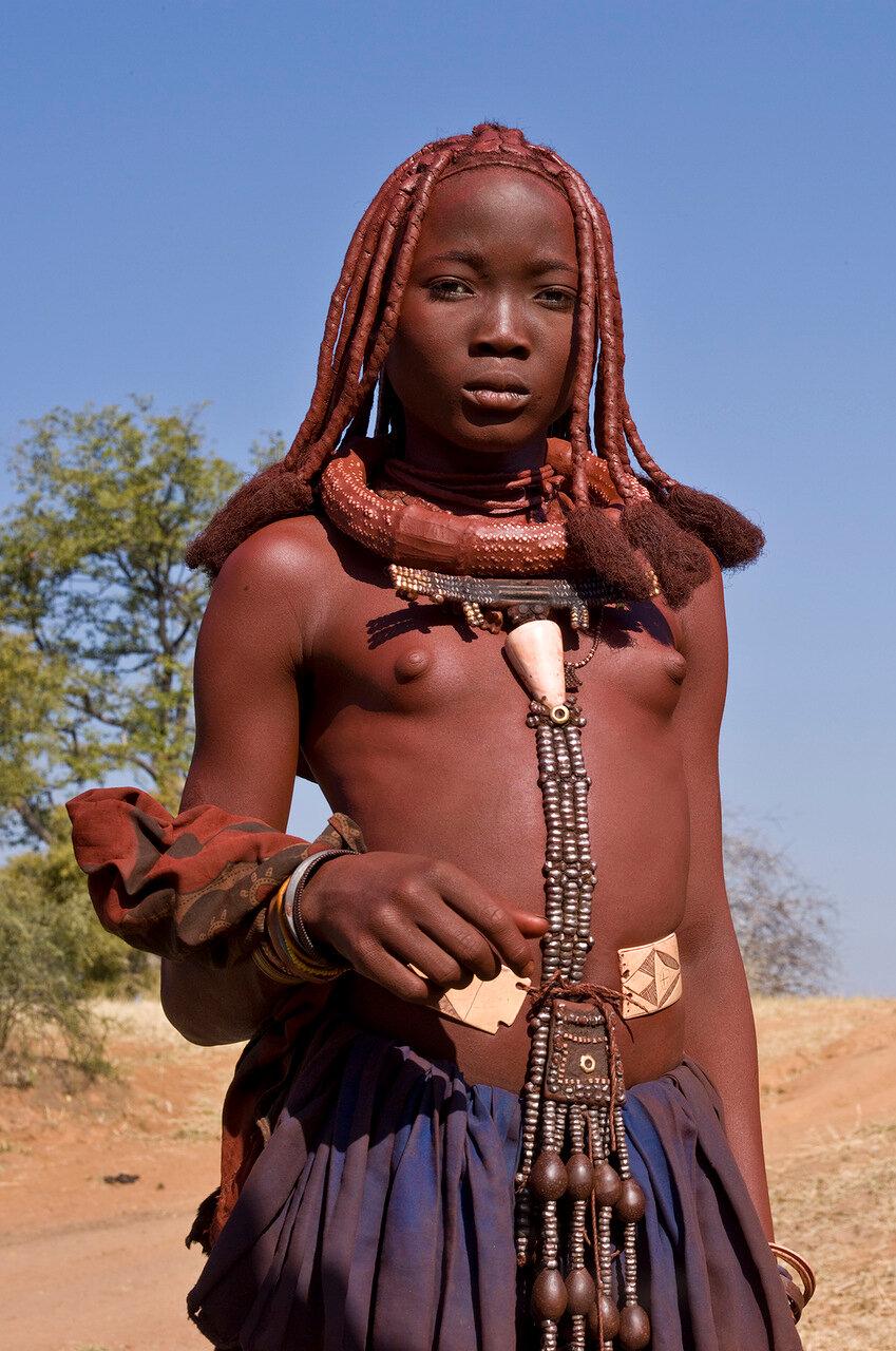 Девушка из Моимбы, Ангола