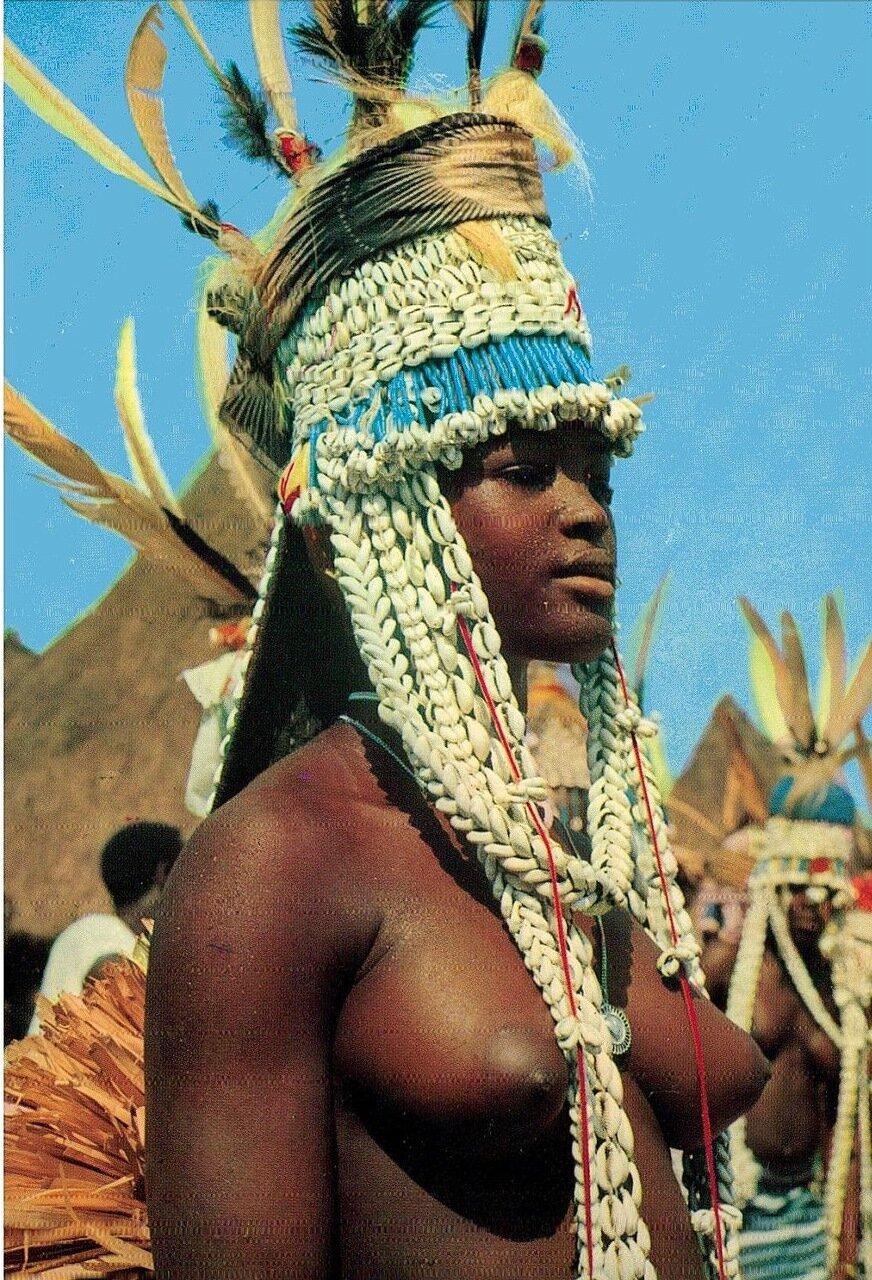 Девушка племени Сенуфо. Берег Слоновой Кости