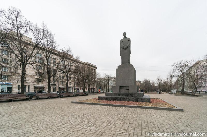 Памятник Тимирязеву на Тверском бульваре