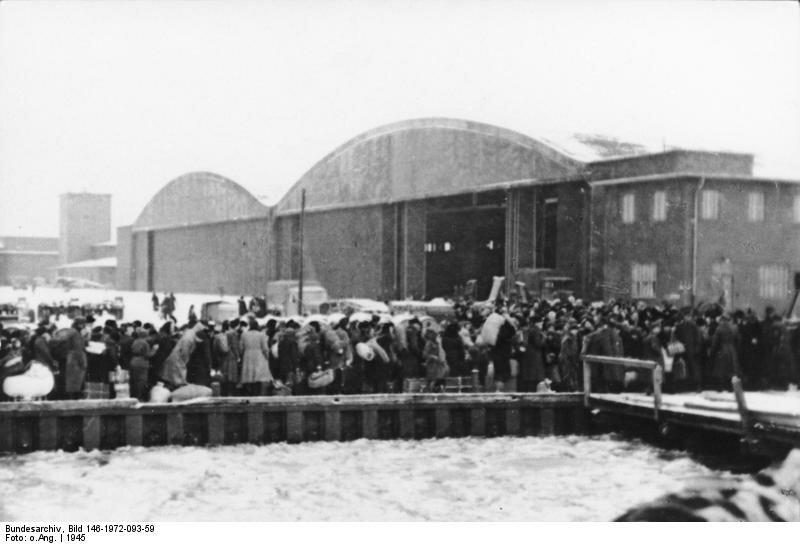 Pillau, Einschiffung von Flьchtlingen