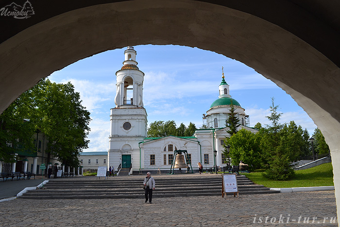 вход_в_монастырь_vkhod_v_monastyr'