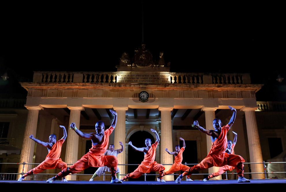 14. Мастера Шаолиня, показательное выступление на Мальте 17 сентября 2016. (Фото Darrin Zammit