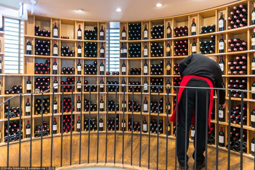 7. Вообще, Бордо очень «винный город», тут в год производят около миллиона бутылок этого напитка. И