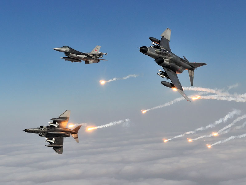 Врамках операции «Щит Евфрата» вСирии нейтрализовано 65 боевиковИГ