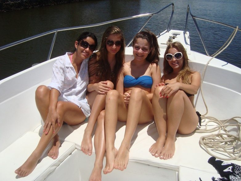 Девчонки на отдыхе