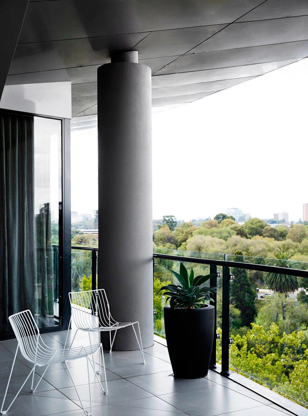 балкон с видом на голливуд