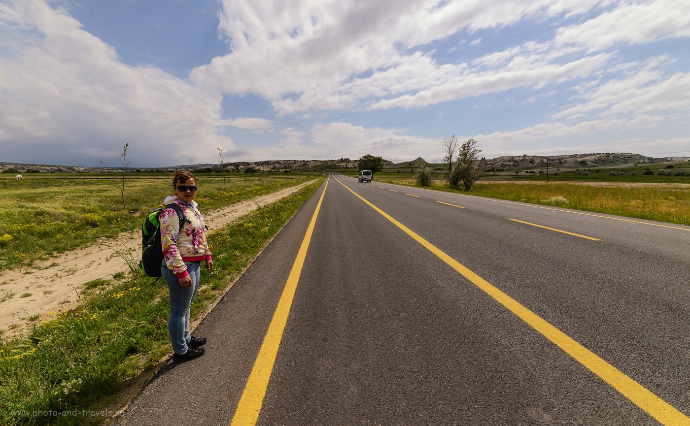 Фото 30. Так выглядит дорога из деревни Çavuşin в Göreme. Отзывы россиян об отдыхе в Турции. 1/2500, -1.67, 8.0, 250, 14.