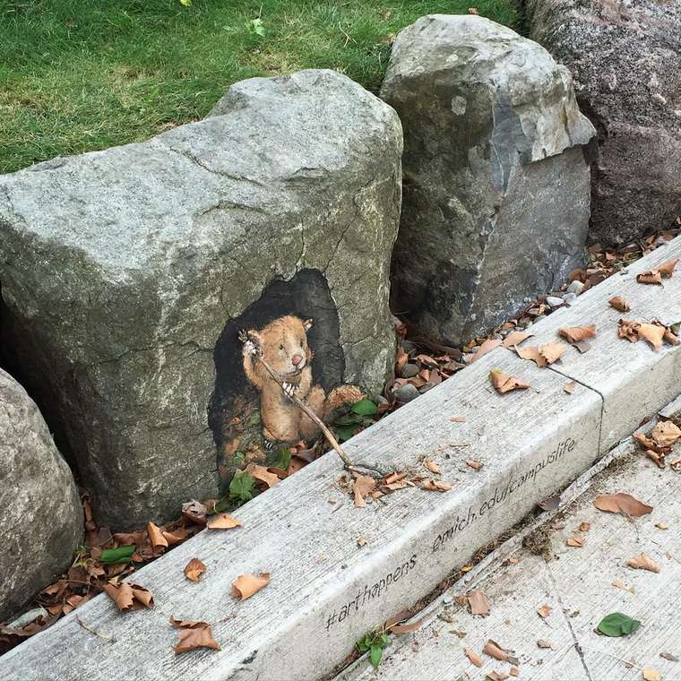 Street Art - The latest adorable chalk creations by David Zinn