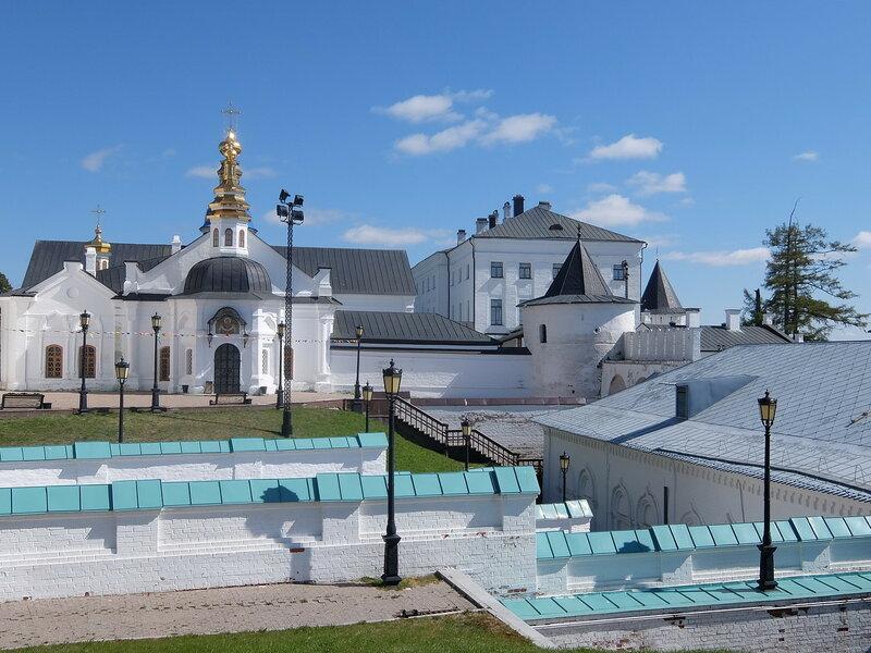 Тобольский Кремль - Вид на архиерейский дом