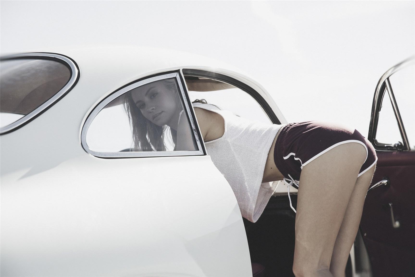 Bryana Holly / Брайана Холли в одежде VNDA Holiday 2015
