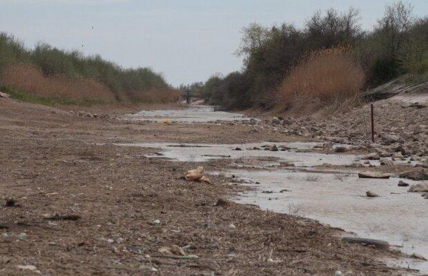 Украина перекрыла шлюзы Северо-Крымского канала