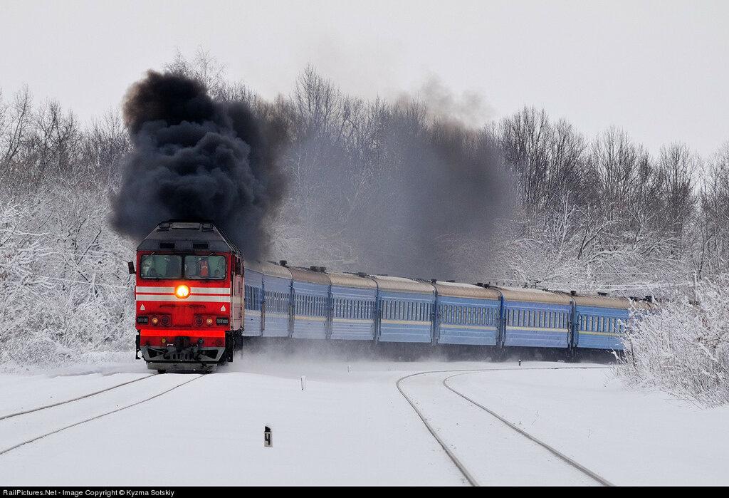 Russian Railways, TEP70-0300, Pchelovodnaya railway station, Moscow region., Russia, January 15, 2011