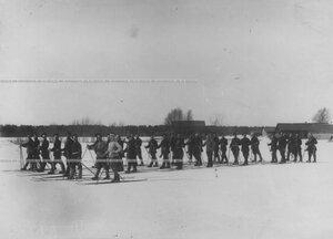 Отряд  солдат полка на учении  при I-ой Петербургской императора Александра III  бригаде отдельного корпуса пограничной стражи.