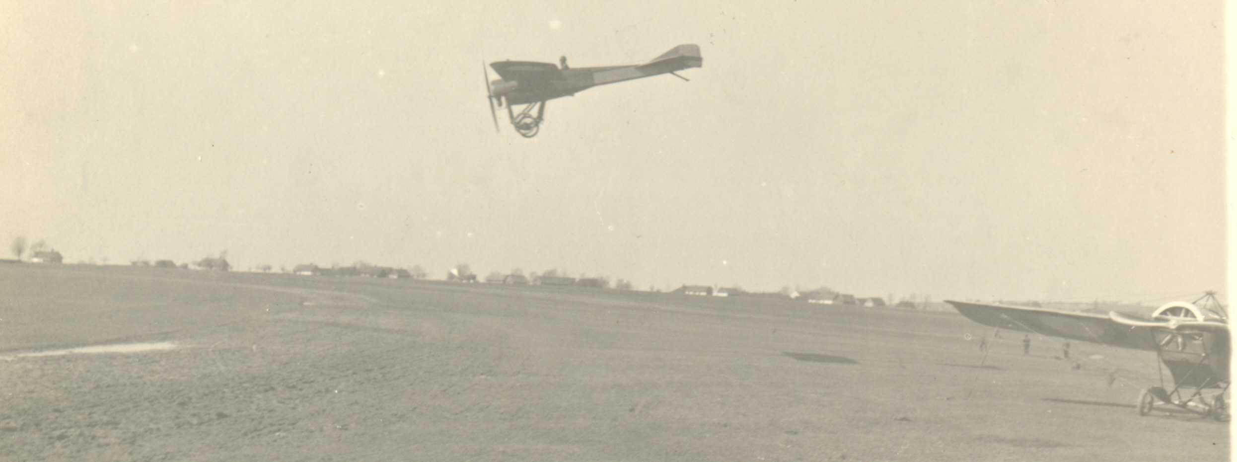 Самолеты на Базе Российских ВВС.  Первая мировая война.jpg