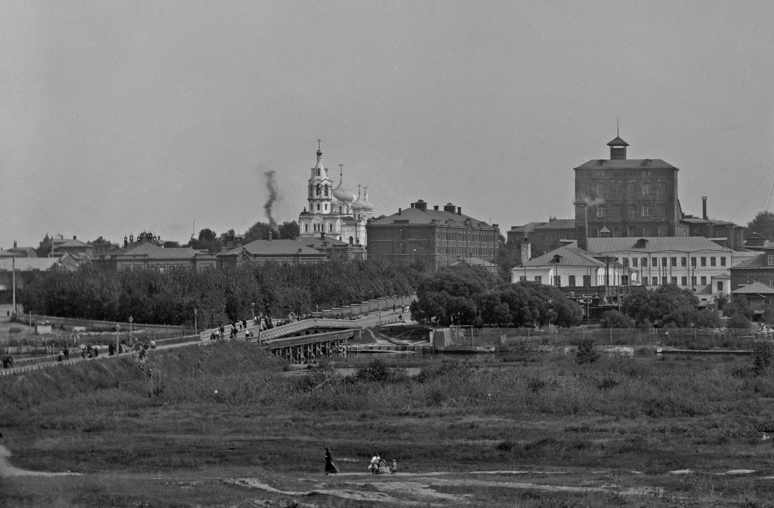 Дербеневский мост, Церковь Вознесения Господня