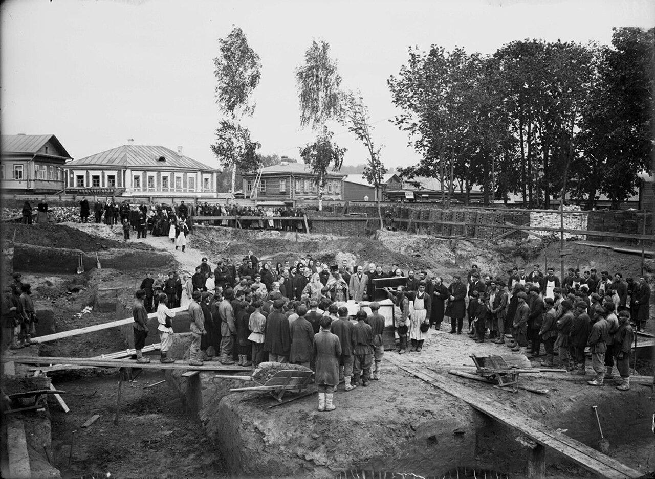 Закладка Спасской церкви. к. XIX в. Нижний Новгород