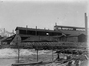 Людиново, примерно в 4 км от Додинской доменной печи. Мастерские.Наводнение весной 1897 года.