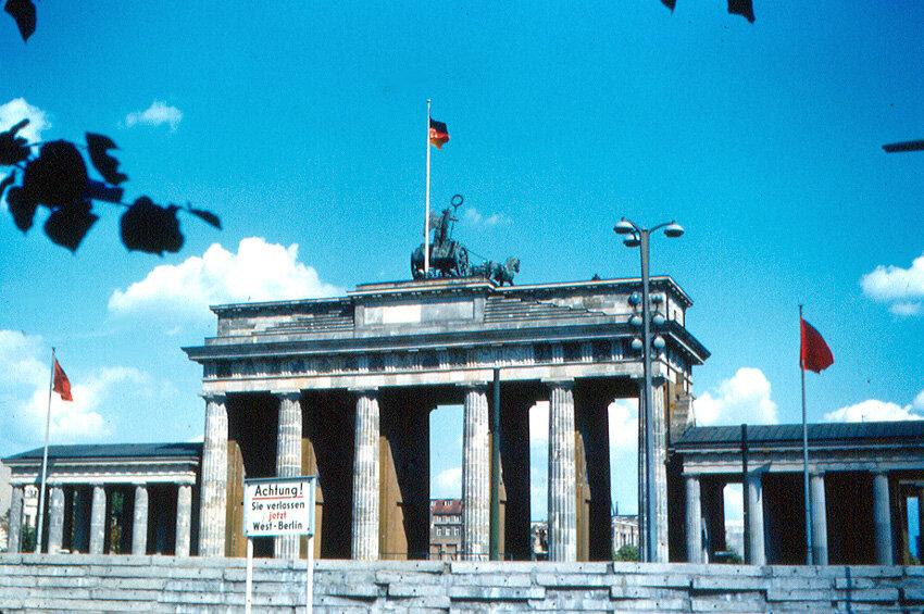 1963. Бранденбургские ворота