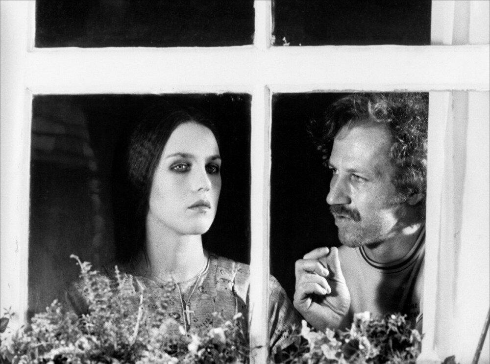 1979. Изабель Аджани с Вернером Херцогом на съемках  «Носферату вампир»