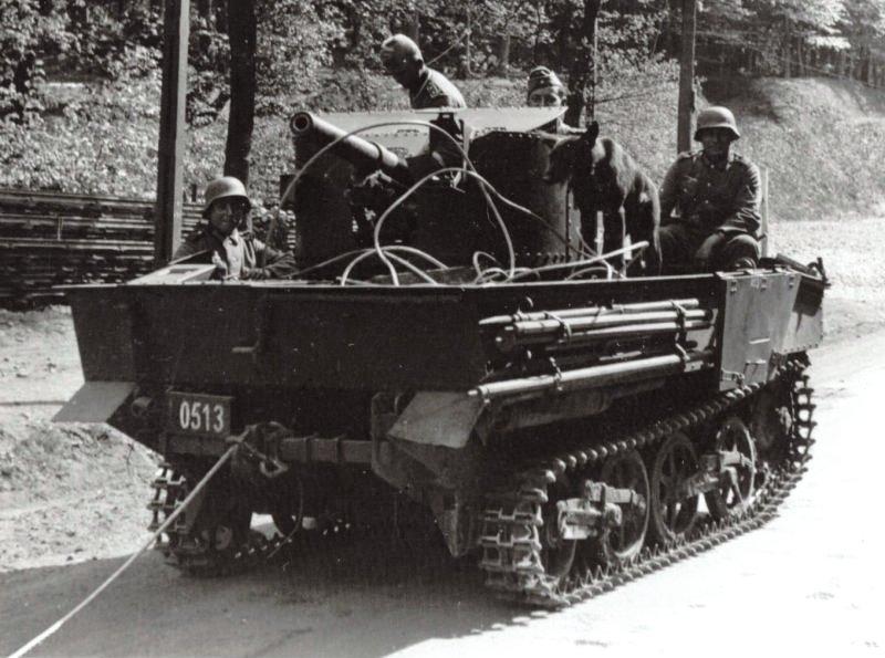 Трофейная бельгийская 47-мм САУ Char leger T13B2.