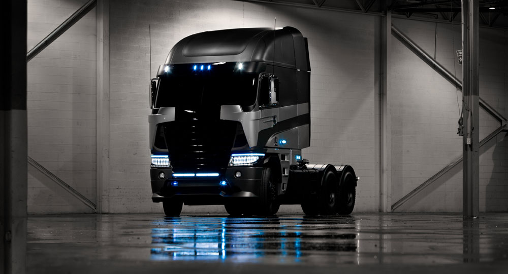 Freightliner_1.jpg