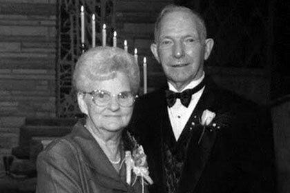 Супруги, прожившие в законном браке семьдесят лет, умерли в одни сутки