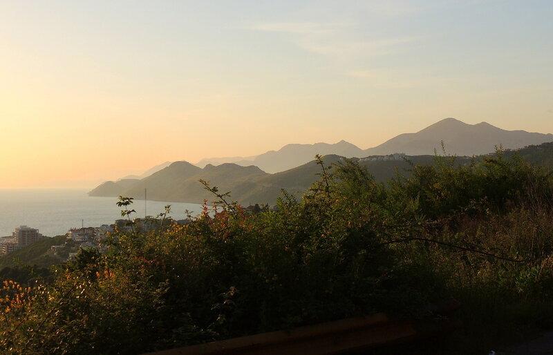 закат в Барской ривьере