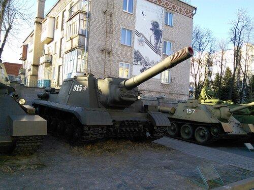 Музей Воиской славы богат коллекцией военной техники