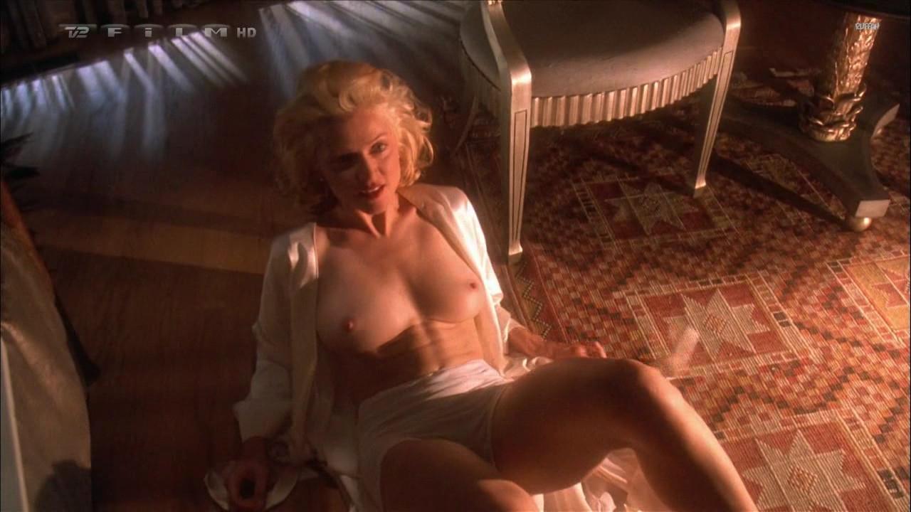 smotret-luchshie-eroticheskie-trilleri