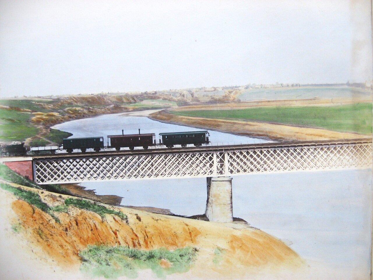6. Мост через реку Москву