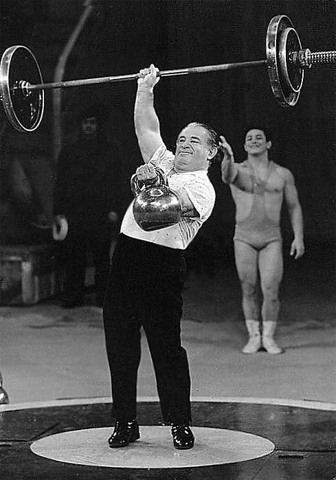 Новак Григорий в цирке(2b) - Copy.jpg
