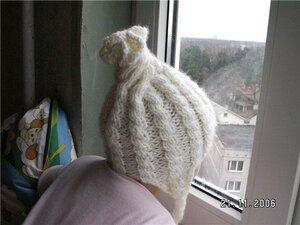 Зимняя шапочка для маленьких принцесс