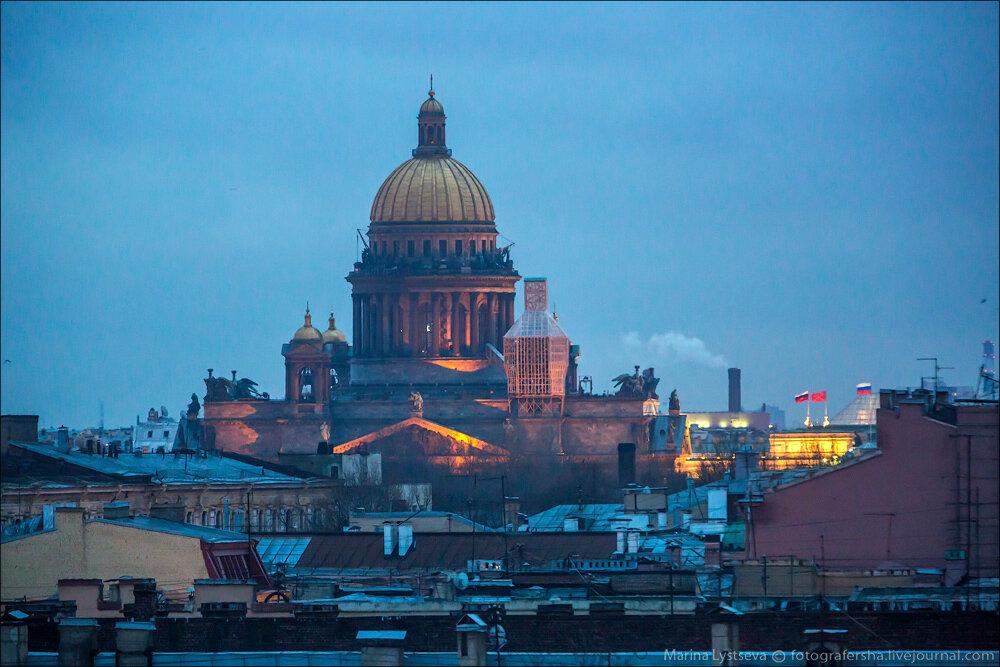 Санкт-Петербург утром