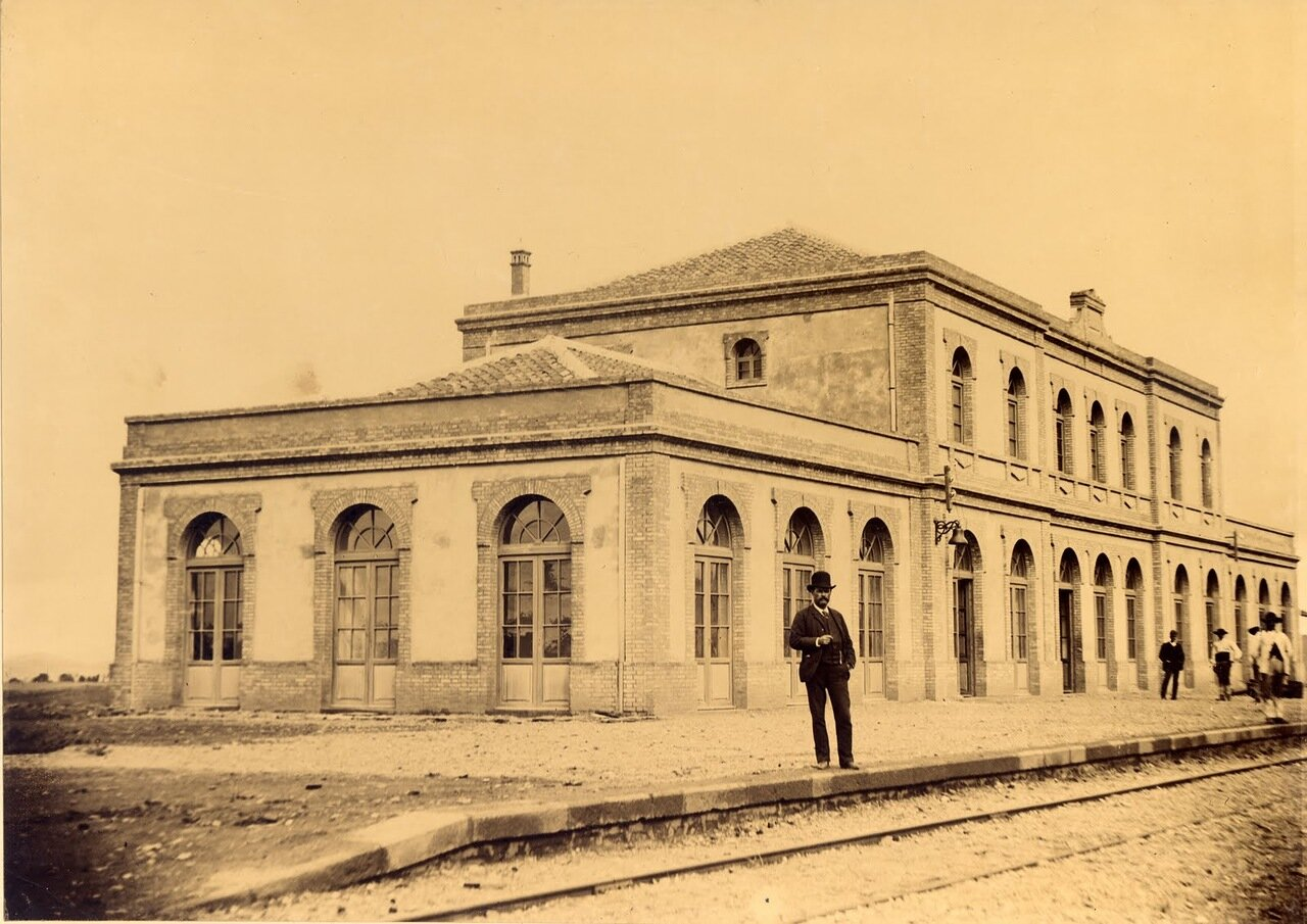 Пуэбла-де-Санчо-Перес. Станция 1-го класса.