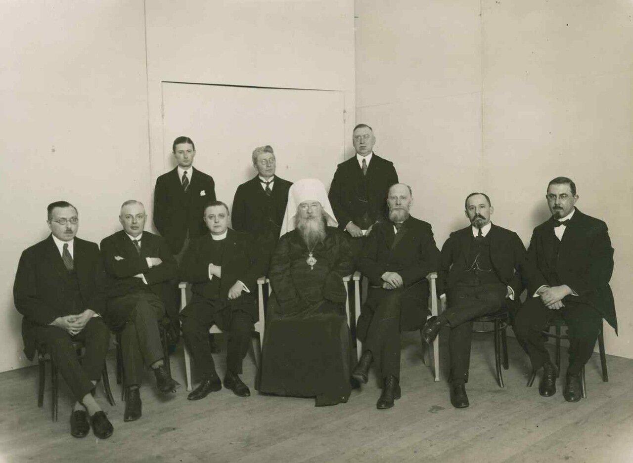 1950. Грондейс с митрополитом православной церкви в Нидерландах