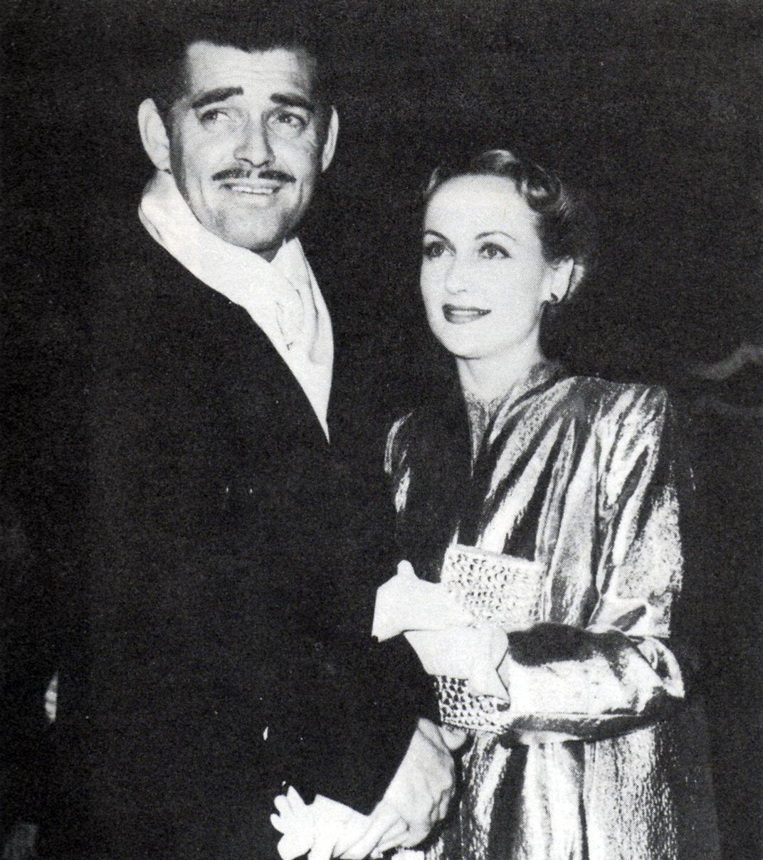 1939. Кэрол Ломбард  и Кларк Гейбл на премьере «Унесенных ветром»